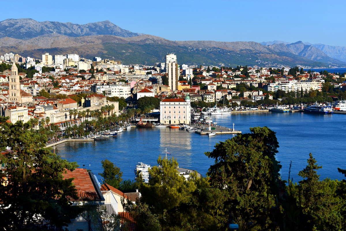 Chorwacja na wakacje - dojazd własny, autokar czy samolot?