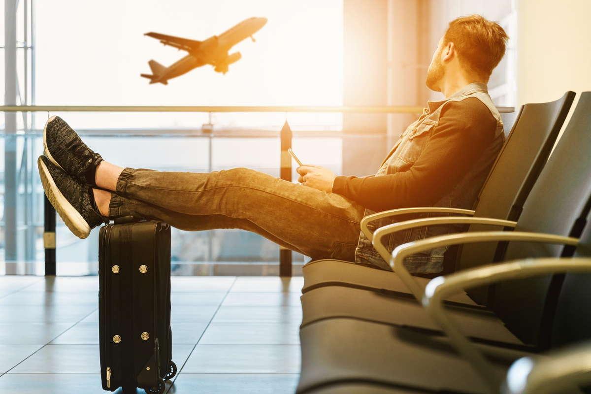 Wizzair - rozkład lotów, bagaż, odprawa - dane kontaktowe - co warto wiedzieć